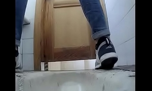 Suffocating netting camera just about school toilet pissing girl