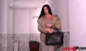Business woman Inna Innaki needs will plead for hear of wet pussy screwed really abiding GP277